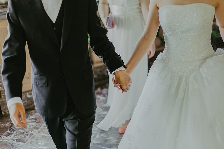 Couple_Getting_Married